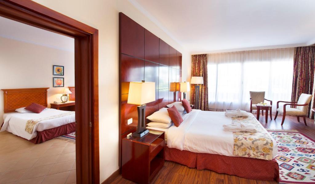 Foto Hotel AMWAJ OYOUN RESORT