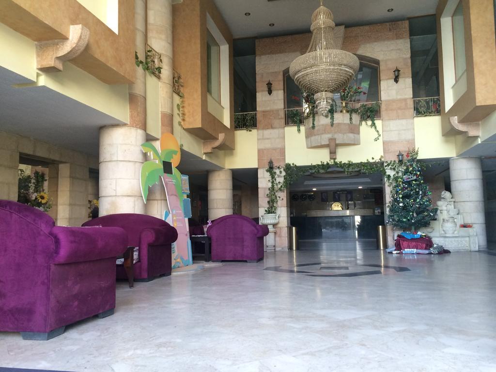 Reserva oferta de viaje o vacaciones en Hotel CRYSTAL