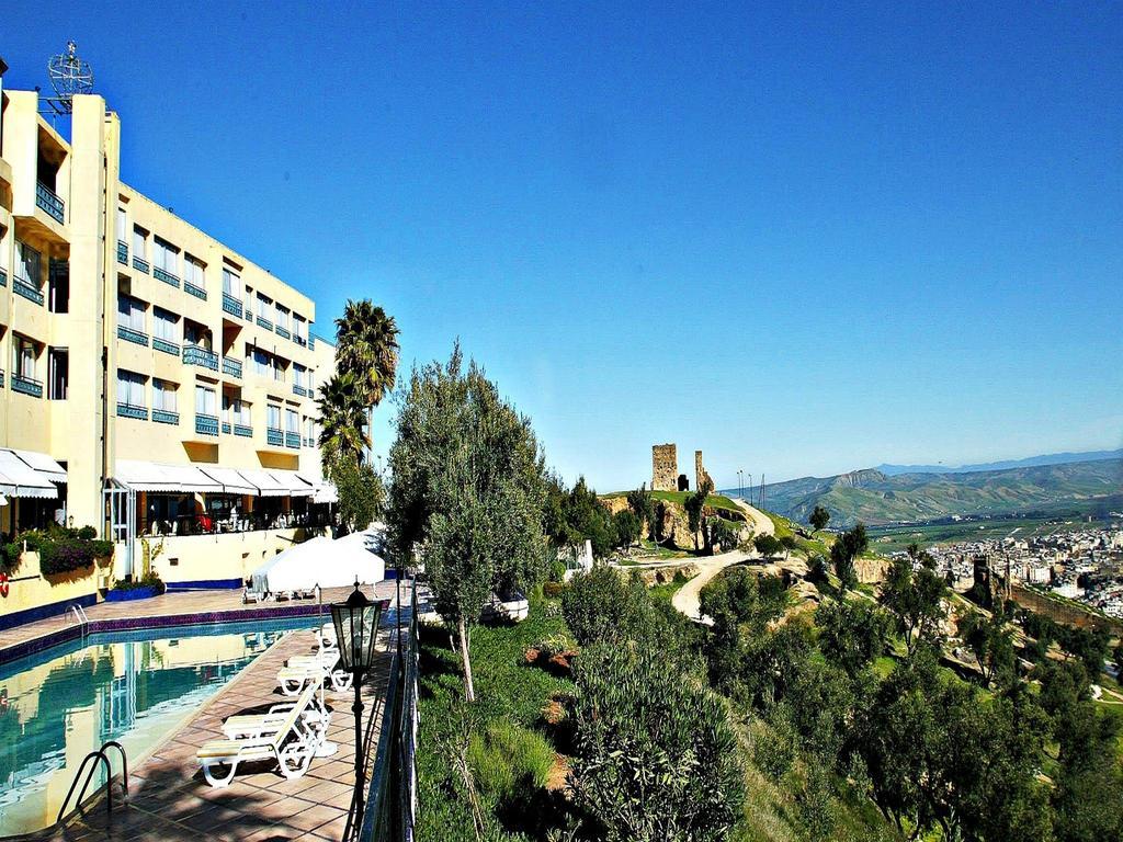 Reserva oferta de viaje o vacaciones en Hotel LES MERINIDES