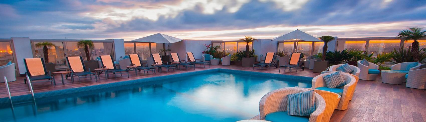 Reserva oferta de viaje o vacaciones en Hotel MOVENPICK PLAZA