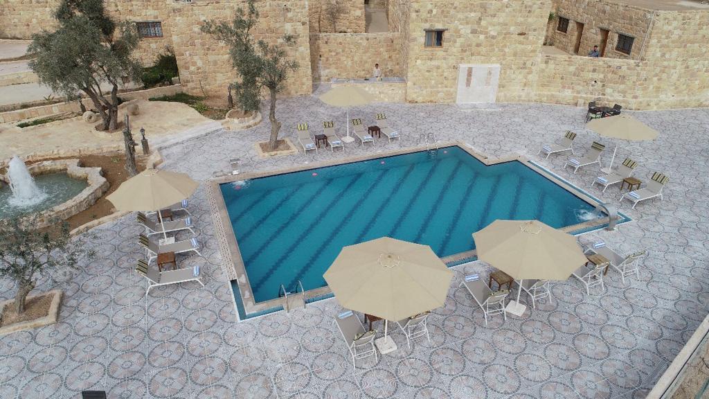 Reserva oferta de viaje o vacaciones en Hotel OLD VILLAGE