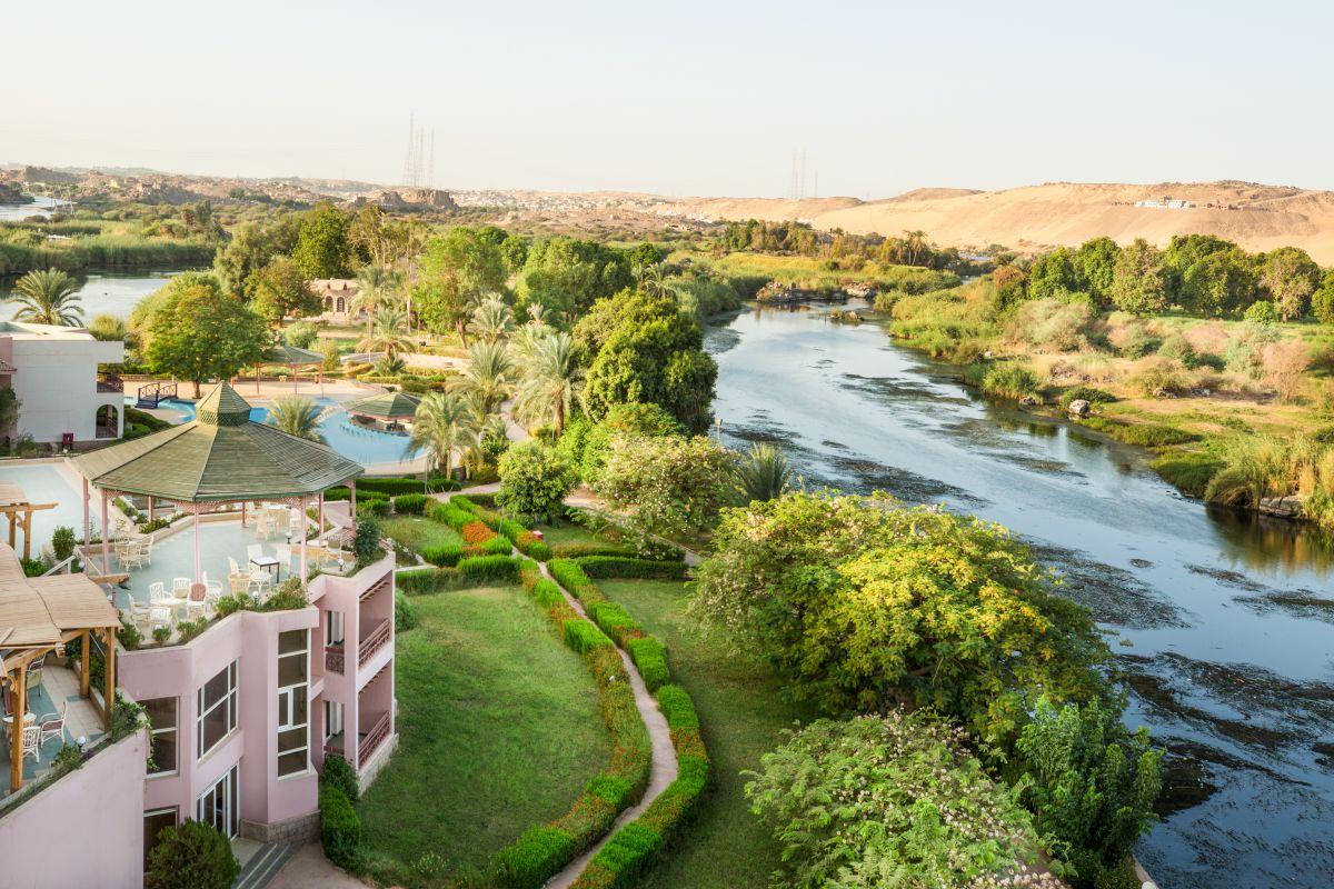 Reserva oferta de viaje o vacaciones en Hotel PYRAMISA ISIS ISLAND