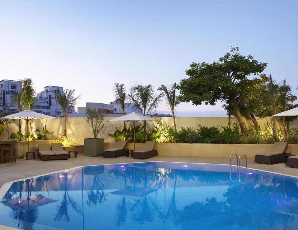 Reserva oferta de viaje o vacaciones en Hotel SHERATON